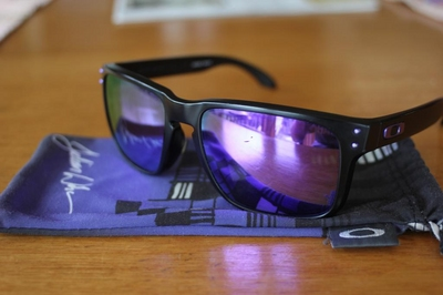 292822c08a OAKLEY HOLBROOK Julian Wilson Matte Black Violet Iridium - Sell and ...