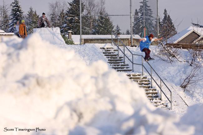 Snowboard kink